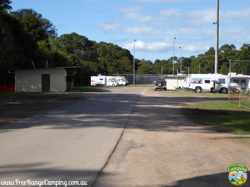 maleny-showgrounds-camping.jpg