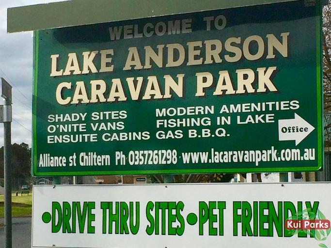 lake-anderson-caravan-park-signage_watermarked.jpg