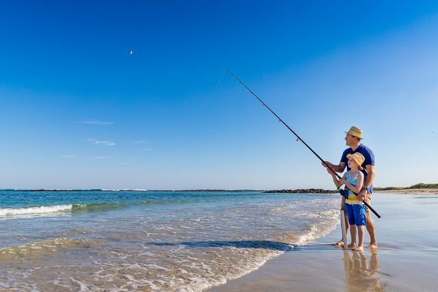 Fishing-at-Killarney-Beach-Camping-Reserve.jpg