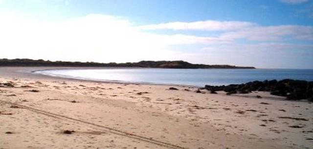 Killarney-Beach-Camping-Reserve-Beach-Area.jpg