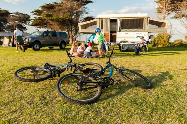 Killarney-Beach-Camping-Reserve-Grassy-Site.jpg