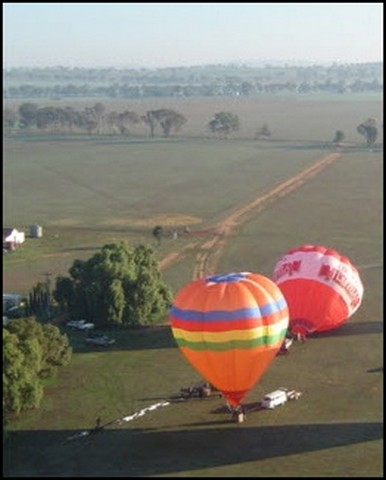 Aussie-Balloontrek-Canowindra1.jpg
