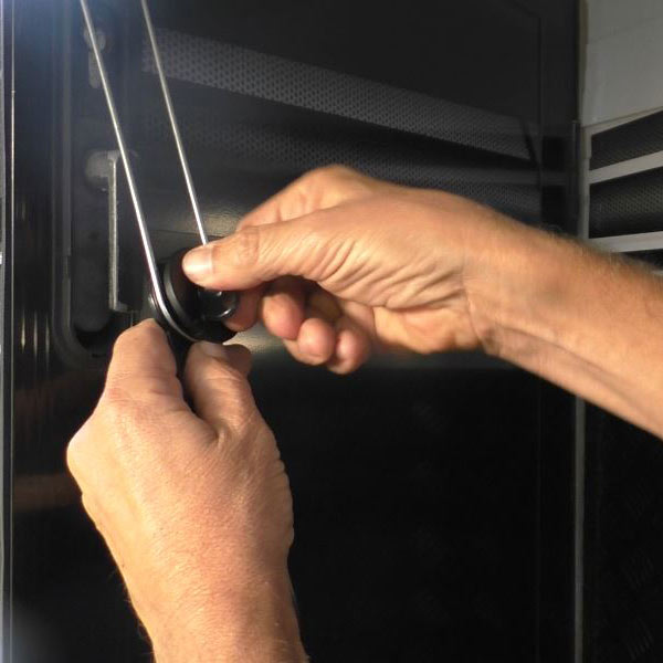 Attaching the Door Latch Extension
