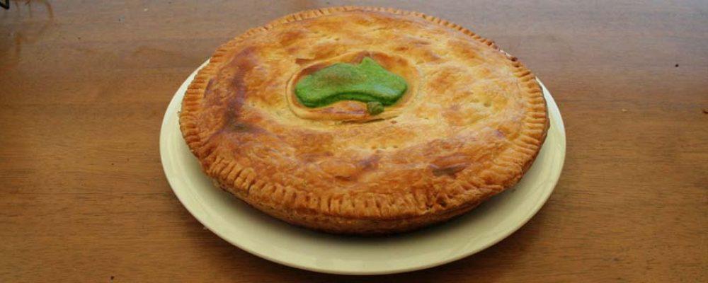 Camp Oven – Creamy Chicken and Mushroom Pie